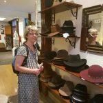 Spændende butik med hatte